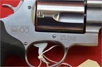 Smith & Wesson 500 .500 S&W Mag Revolver