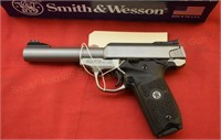 Smith & Wesson SW22 .22LR Pistol