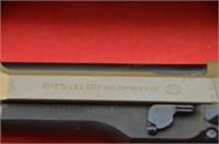Beretta 96D .40  S&W Pistol