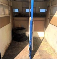 1980 Turnbow 2-Horse Trailer (view 5)