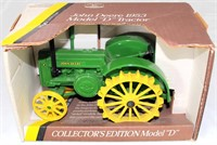 """1953 JD Mdl """"D"""" 1/16 Scale Tractor, Coll Ed"""