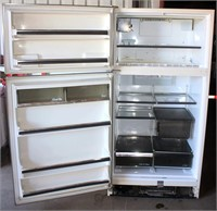 Refrigerator/Freezer (view 2)