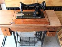 Singer Treadle Sewing Machine w/Cabinet