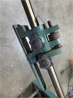 Grizzly Foot Operated Shear