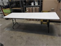 8' lifetime folding table