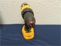 DC720 Cordless Drill Driver