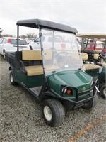 2015 Cushman Golf Cart