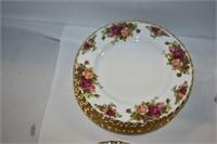 Old Country Roses Royal Albert China Set