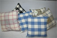 Group of Décor Pillows