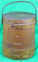 EARLY 20TH C. WOODEN MINCEMEAT BUCKET WITH
