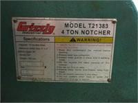 Grizzly 4 Ton Metal Notcher