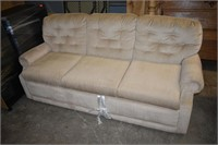 Laz-y Boy Pull Out Sofa (Needs Cleaning)