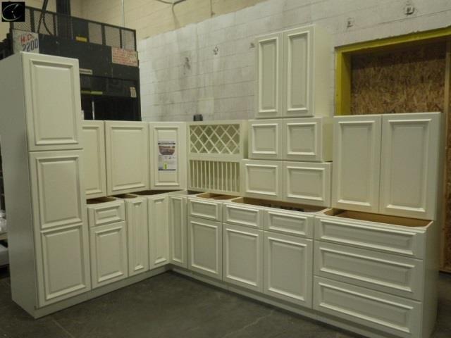 Nantucket Linen Kitchen Cabinet Set 12 X12 Live And Online Auctions On Hibid Com