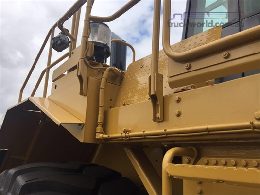 2012 Caterpillar 988H - Truckworld.com.au - Heavy Machinery for Sale