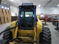 Gehl 7800 skid steer w/ snow kat 8'