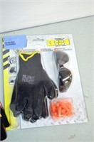 Mechanix Fast Fit Gloves and Safety Set