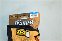 (2) Pair Mechanix Fast Fit Leather Gloves - M