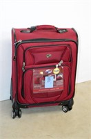 American Tourist Spinner Luggage