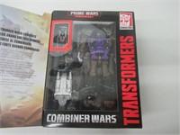Transformers Combiner Wars Blast off and