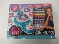 "Cool Maker "" KumiKreator Friendship Bracelet"