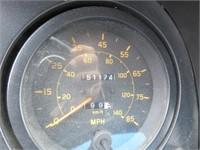 1999 Isuzu Box Truck w/Lift Gate