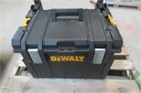 """""""As Is"""" DEWALT DWST08250 Tough System DS450 Mobile"""
