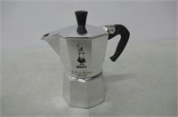 Bialetti 6799 Moka Express 3-Cup Stovetop Espresso