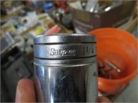 Pail of Snap On sockets