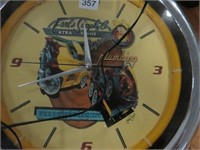 Earls Supply Co neon clock