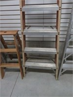 Featherlite 8' fibreglass step ladder