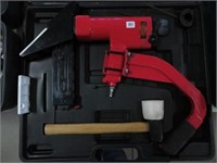 King air flooring stapler kit w/ case
