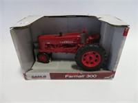 Farmall 300 tractor w/ box 1/16