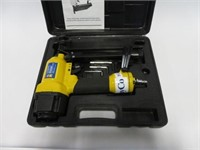 Power Fist 2-1/2 air finish nailer w/  case