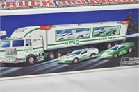 HESS Tractor Trailer with (2) Racers