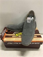 RELAXED FIT BY SKECHERS MENS US 10