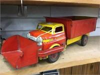 Wyandotte Pressed steel construction truck