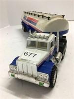 Fina plastic toy truck