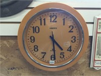 Equity battery operated clock 14 inches diameter