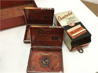 Group of assorted tobacco items
