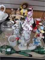 2 trays of figurines, thimbles, etc.