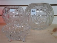 3 pinwheel decorative bowls
