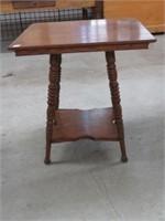 Spooled leg lamp table