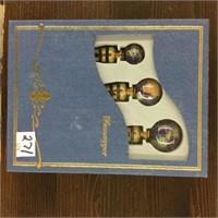 5 globe wine stopper sets