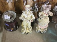Tray of figurines, etc.