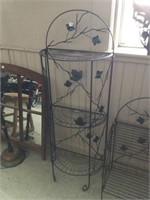Metal decorative stand