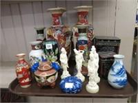 Tray of Oriental vases, etc.