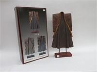 2 kimono ornaments