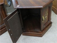 Pair of pine end tables