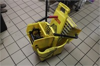 Rubbermaid Brute mop bucket with ringer