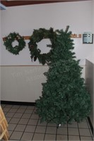 6' lighted christmas tree, wreaths & decorations